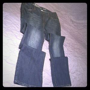 Mossimo Jeans Bootcut slightly distressed mid rise